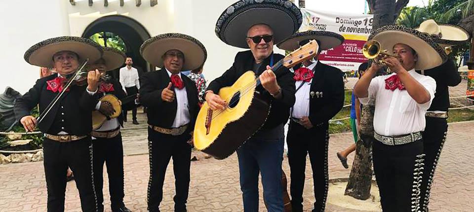 Ertuğrul Özkök meksika gezi turu